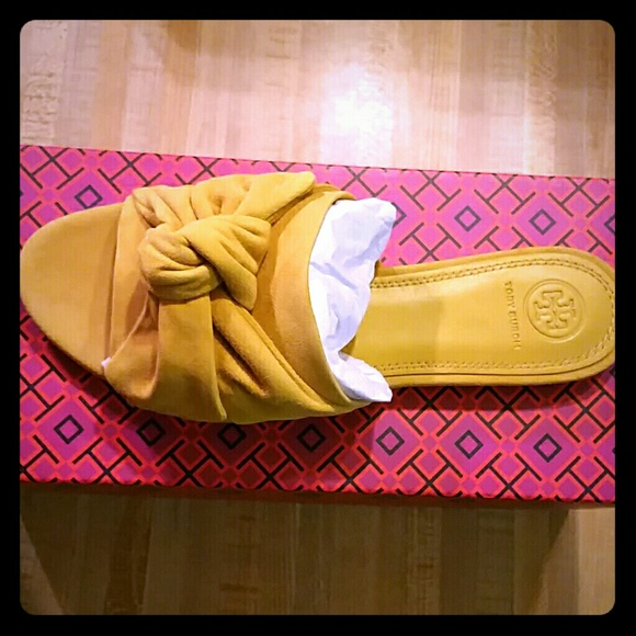 663de7a6bf2bee Tory Burch Annabelle bow leather slide